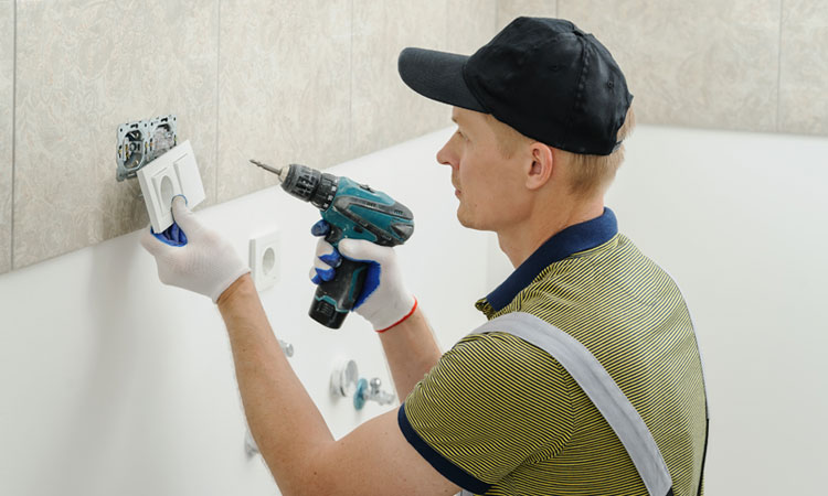 Electrical-outlet-repair-Tarneit-and-Truganina